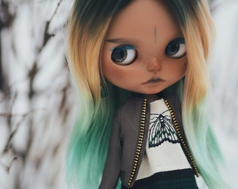 Astrid – OOAK Custom Blythe by KeiuDolls