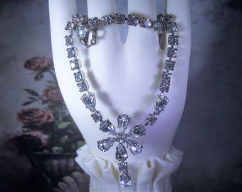 Midcentury Rhinestone Choker, Rhinestone Flower Pendant, Rhinestone Necklace, Bridal Choker, Wedding Necklace, Vintage Rhinestone Choker