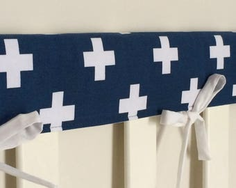 Reversible cot teething rail cover - White crosses on navy