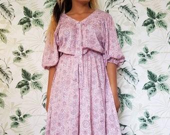 Vintage dress size UK 14/16 - Fab paisley summer dress - gypsy dress - boho dress Made in France