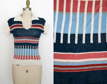 Vintage 1970s Short Sleeve Sweater - Knit - V Neck - Stripes - Ribbed Knit Top - Collared - Women's Small