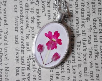 Pink verbena Necklace vervain Pendant Resin Jewelry Pressed Flower Botanical Jewelry vervain Flower Gift for her gift for mom Resin vervain
