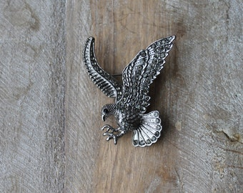 Eagle rhinestones brooch