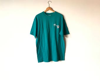 MIAMI DOLPHINS TEE // 90s // Large// Dolphins // Dolphins Shirt // Miami Dolphins // Miami Dolphins Shirt // Dolphins T-Shirt // Miami