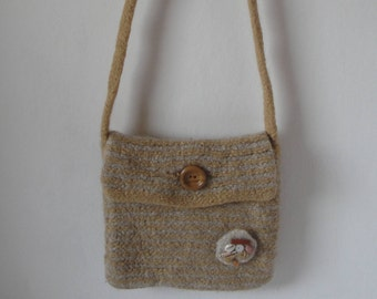 felt shoulder bag, beige felt bag, across body bag, wool felt bag, messenger bag, casual felt bag, OOAK bag, felted wool bag, knit felt bag