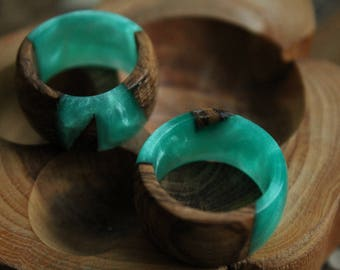 Jade ring eco gift turquoise ring sea green ring organic wood resin ring emerald  jewelry boho hippie ring engagement wedding gift for mom