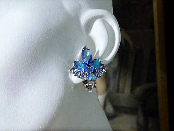 Rhinestone Clip On Earrings /Mid Century / Juliana / DeLizza Elster / Sarah Coventry / Blue Lagoon
