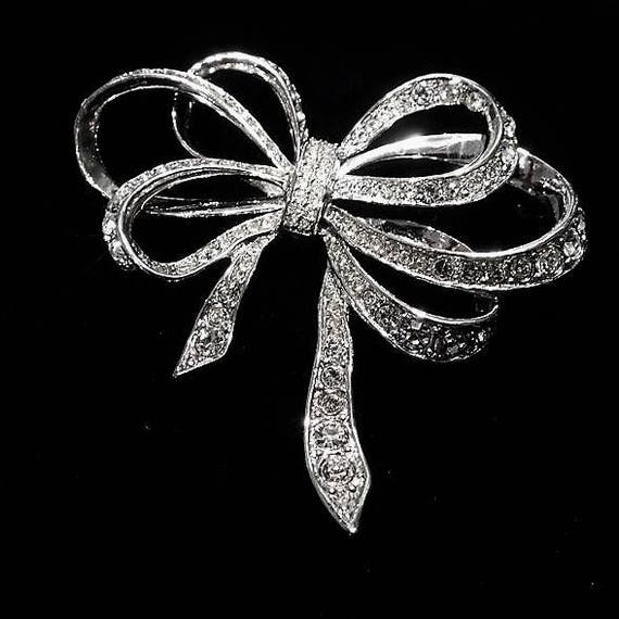 Kenneth Lane Rhinestone Ribbon Brooch / KJL for AVON Rhinestone Brooch / 1980s Kenneth J Lane Brooch / Wedding Bride Bridal Jewelry