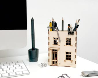 Pen Pot, Wooden House Desk Tidy, Laser Cut House, Office organiser, Gift for Him, Gift for Colleague, stationery storage, desk organizer