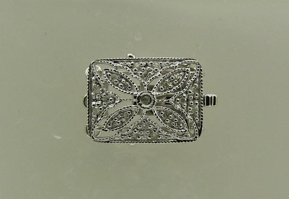 Clasp Triple Strand 14k White Gold and Diamonds 0.08ct