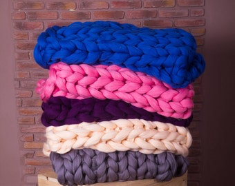 Arm knit blanket, Chunky yarn arm kniting blanket, arm knitting blanket, arm knit chunky blanket, arm knitted blanket