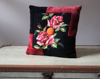 "Cushion fabric handcrafted 100% Vintage canevas vintage embroidery ""Roses"""
