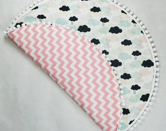 Baby Play Mat / Padded Play Mat / Kids Rug / Round Playmat / Pastel Play Mat / Clouds Floor Mat / Pink Mint Black Clouds Floor Rug /