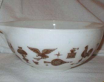 Vintage Pyrex American 2 1/2 Qr Mixing Bowl