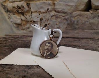 Vintage pendant - antique Locket necklace double - Medallion door photo - sepia - gift idea