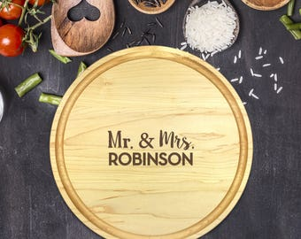 Personalized Cutting Board Round, Cutting Board Personalized, Wedding Gift, Housewarming Gift, Anniversary Gift, Mr, Mrs, Names, B-0052