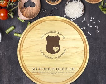 Engraved Cutting Board, Personalized Round Cutting Board, Wedding Gift, Gift for Couple, Bridal Shower Gift, Christmas, Police Gift, B-0107