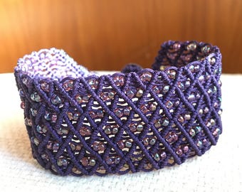Handmade micro macrame purple bracelet with approx. 0.4 mm cord