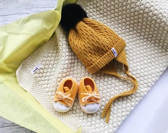 Yellow Baby blanket hat set Organic newborn gift Corporate baby gift Baby blessing gift Organic baby clothes Montessori baby Bring baby home