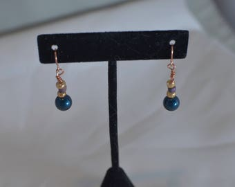 Handmade Beaded pierced dangle EARRINGS #219