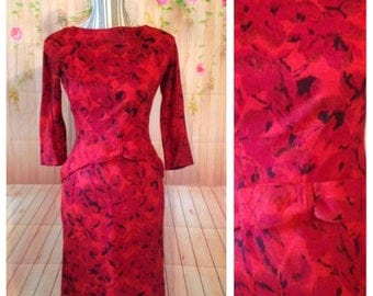 Gorgeous Red and Black Vintage Dress