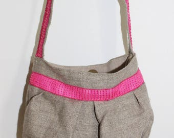 Small purse from linen and neon pink glitter band