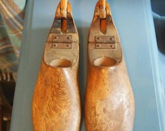 Vintage Wooden Shoe Trees, Shoe Lasts, Shoe Shaper, Shoe Stretcher, Shoe Storage, Shoe Care, Antique Shoe Trees, Pair of Wooden Shoe Lasts