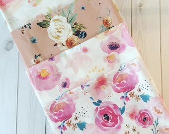Boho Florals Fat Quarter Bundle. Cotton Quilting Fabric. Pink Blush Peach Nursery Girl Baby Flowers Floral Flower Garden Summer Spring