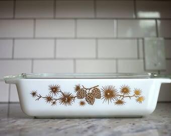 Acorn pyrex, vintage gold pyrex, acorn pyrex with lid, pyrex golden acorn, pyrex acorn casserole, vintage gold serve ware, pyrex 2 qt acorn