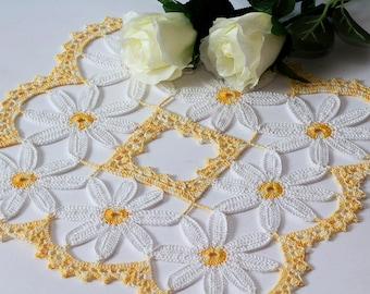 Crochet doily Crocheted doilies Handmade crochet doily Square doily White-yellow doily Tablecloth Birthday gift Cotton doily Daisy