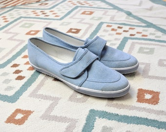 Size 8 / 80s Slip On Velcro Shoes / Grasshoppers