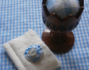 Vintage wooden egg cup pincushion with felt needlecase
