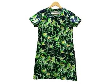 Floral dress//vintage clothing/vintage pattern/gift for women/floral Print/vintage print/retro/90s/vintage fashion/Sale