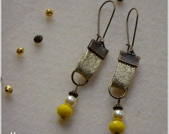 Fabric lurex gold with pearls earrings