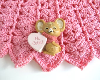 Vintage Valentines Day Pin, 1980s Hallmark Pin, Valentines Brooch, Cute Mouse