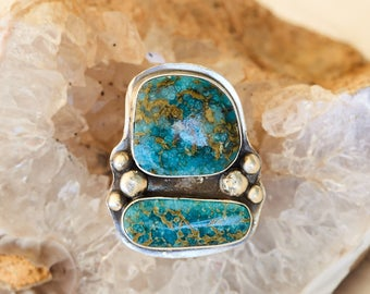 Turquoise ring with sterling silver balls
