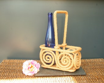 French rope bottle holder, portable bar, in the manner of 1950's rope furniture designer Audoux-Minet, aperitif, garden parties, vintage bar