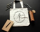 DragonFly Tote Bag / / re...