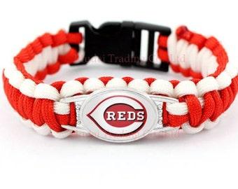 Cincinnati Reds paracord bracelet..free shipping!!