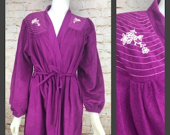 Vintage Purple White BOHEMIAN  Floral EMBROIDERED Bath Lounge Maxi Long Wrap Robe - vintage bath robe