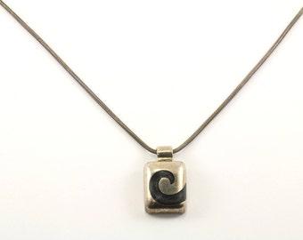 Vintage Wave Design Glass Necklace 925 Sterling Silver NC 945