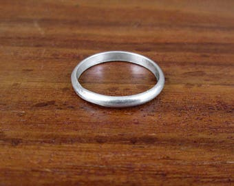 SALE - Sterling Silver Wedding Band - Vintage - Size 7