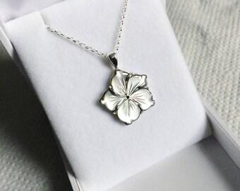 Flower Shell Pendant