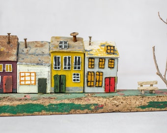 house miniature, wood house, little house, driftwood art, reclaimed wood, richidriftwoodart, colorful tiny house, happy house, doll house