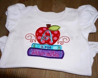Apple and Books Back to School T-shirt
