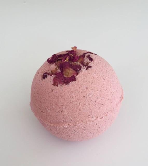 Mood For Romance Bath Bomb