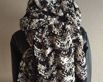 Hand knitted stole black grey made