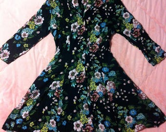 90s Vintage Tropical Hawaiian Print Floral Dress / Black Vintage Floral Dress