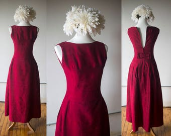 Vintage 1960s Burgundy Dupioni Silk Gown - Size Medium
