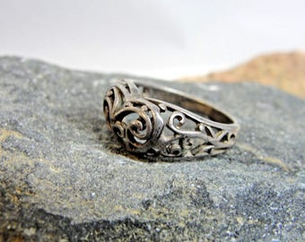 Sterling Silver Boho Filagree Heart Ring